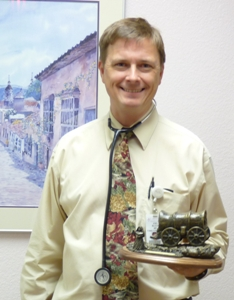 Dr. Block receives Mission Award